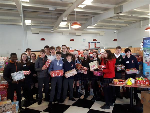 TY's help Team Hope with the Christmas shoeboxes