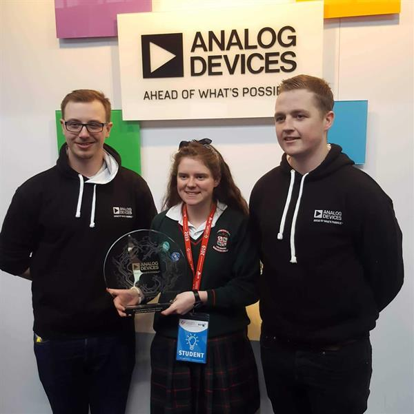 Alice Shaughnessy wins Analogue Devices Best Technology Award at the BT Young Scientist Exhibition
